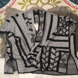 Lucky brand women's sweater/poncho